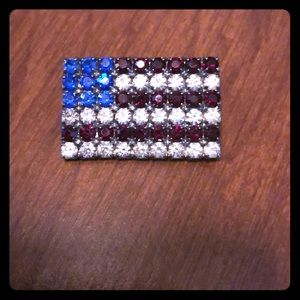 Jewelry - American Flag rhinestone pin!